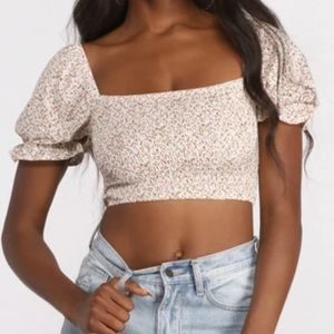 Windsor Store Cropped Floral Ditsy Puff Sleeve Top